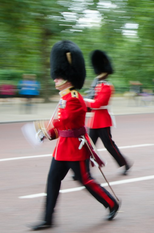 london, motion blur, queen's guards